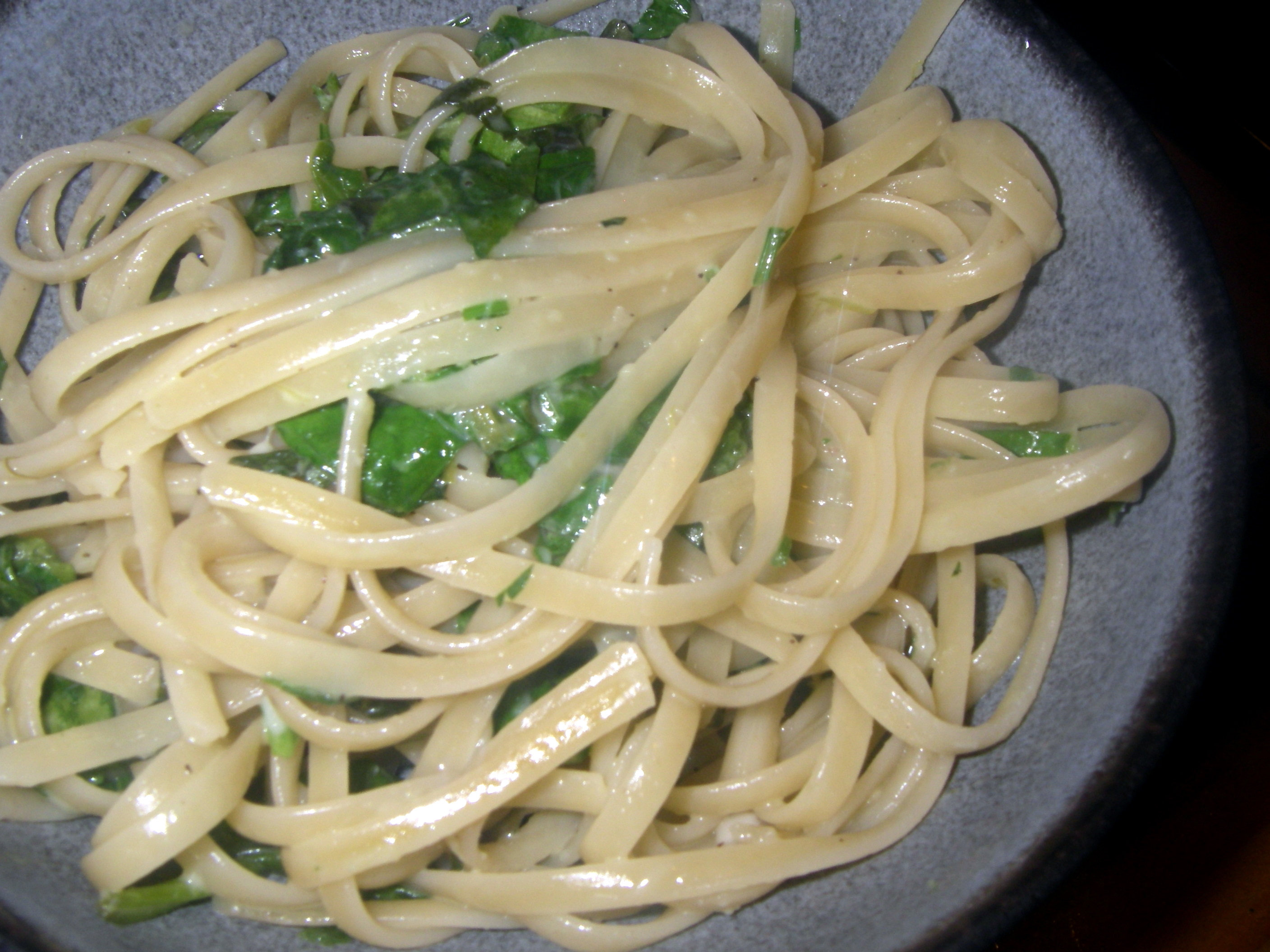 Pasta with garlic sauce recipe