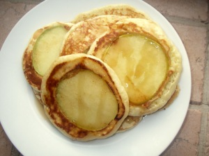 apples and honey pancakes