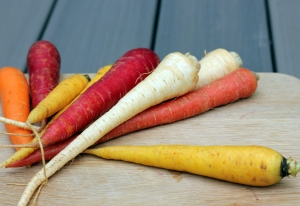 multicolored carrots